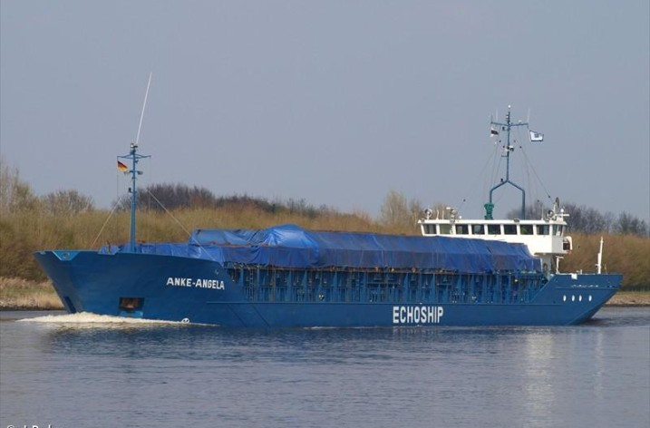 Fartyg på grund i Kalmarsund