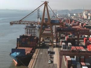 Tertir har sju hamnterminaler i Portugal, två i Spanien och en i Peru.