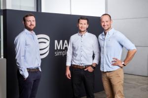 De tre grundarna av robotföretaget Magazino; Nikolas Engelhard (Senior Expert Computer Vision), Lukas Zanger (CTO), Frederik Brantner (CEO)