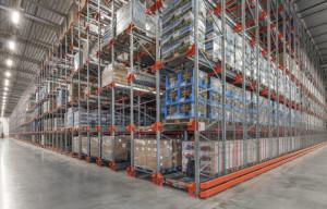 Runsvengruppens investering i ett maxipacker-system har fördubblat antalet pallplaser i lagret. Fotograf Curt Ekblom AB