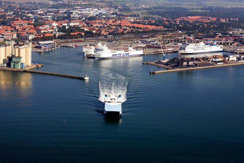I Ystad hamn ökar godsvolymerna, men järnvägsgodset minskar. Foto ABB