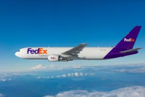 express-plane-767-master_cs_e5c3302_1601201