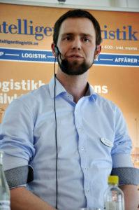 – När vi är överens och 40 procent av Sveriges befolkning bor i våra län, då är det lättare att få regeringen att lyssna, säger Fabian Ilgner.