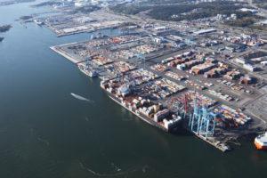 Göteborgs hamn håller hamntaxan på 2015 års nivå. Foto: Göteborgs hamn.