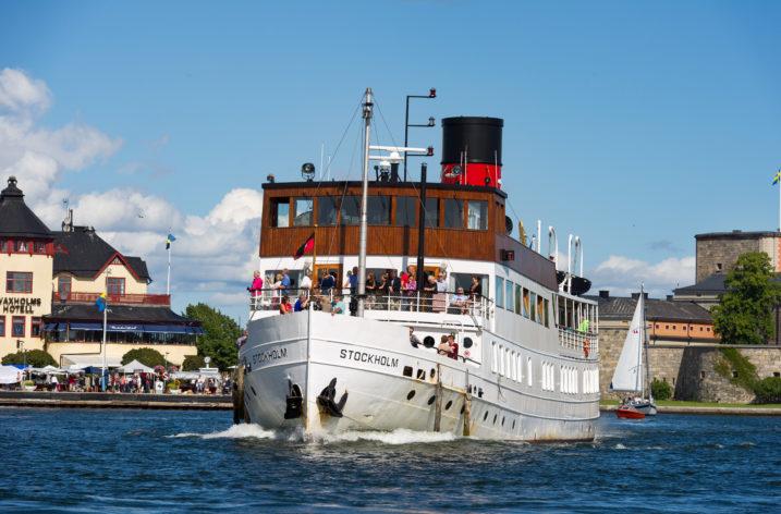 Apotea levererar med båt i sommar