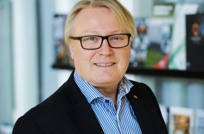 Framtidens förare kör lastbilarna i framtiden – replik på Tobias Jonassons krönika.