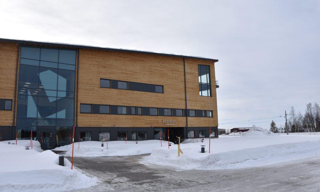 Lindbäcks skeppar hus till Skåne