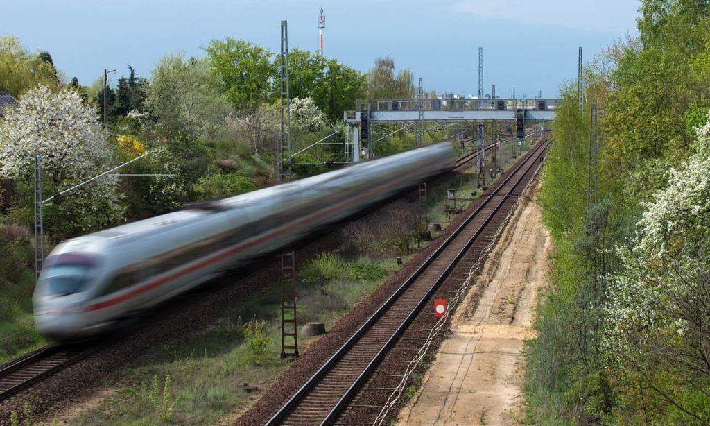 Riksrevisionen vill stoppa höghastighetsbanan