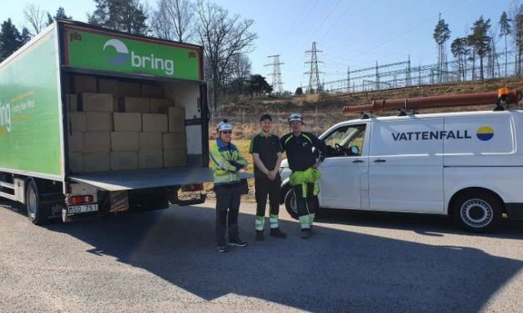Röda korset samordnar donationer av skyddmaterial till vården – med hjälp av Bring